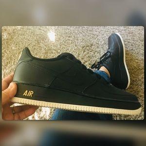 NIB Nike Air Force 1